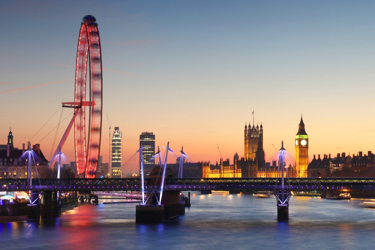Book a Private Jet to London