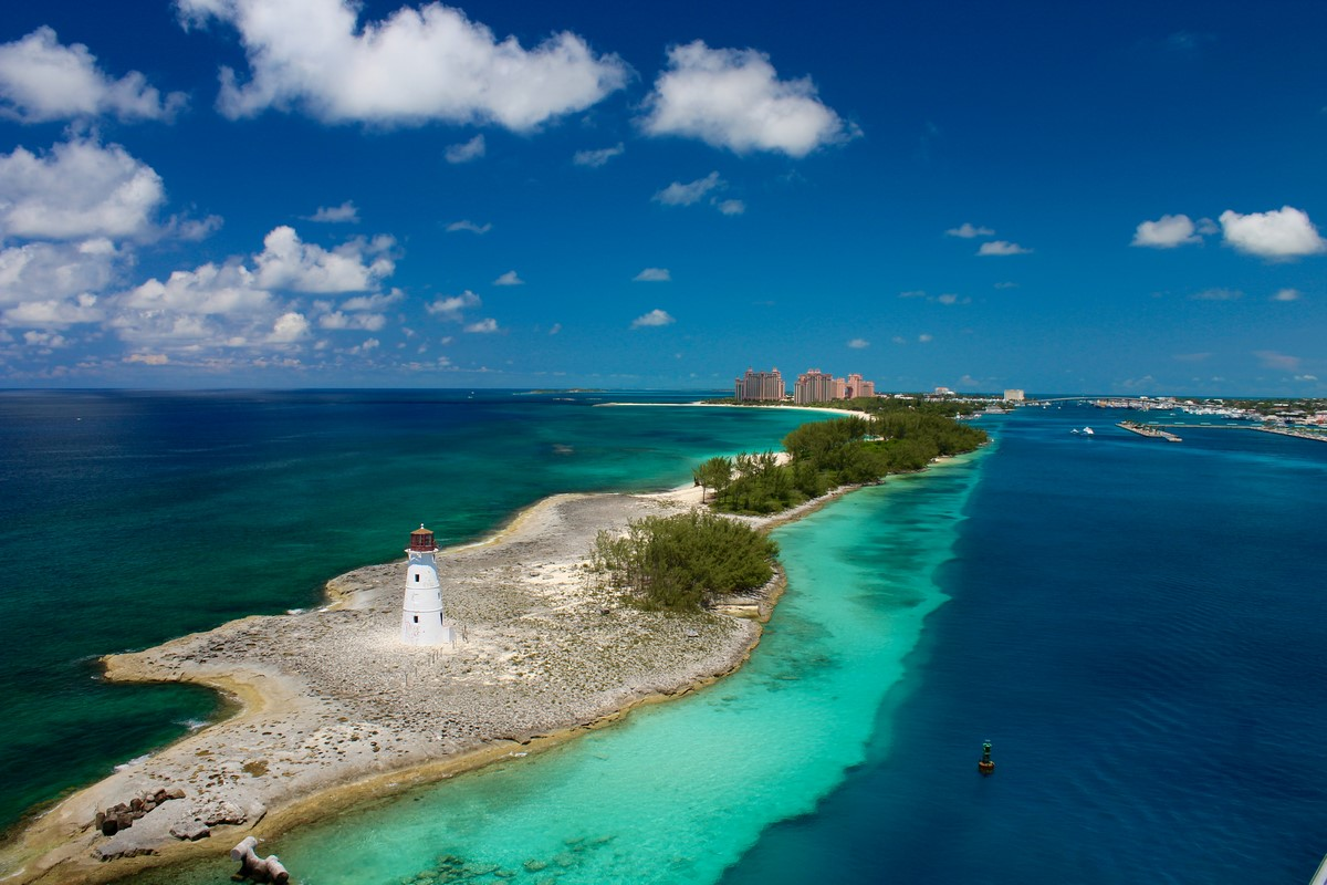 Charter a Private Jet to Bahamas