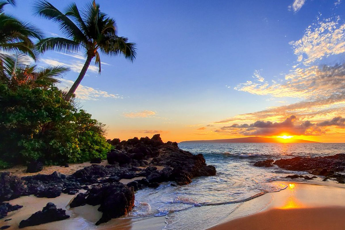Charter a Private Jet to Hawaii